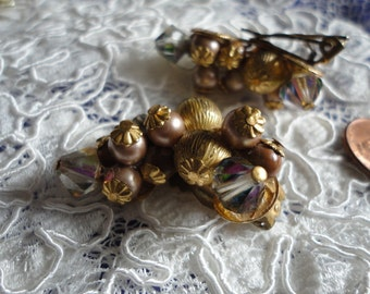Crescent Shaped Beaded Cluster Vintage Clip on Earrings in Golds