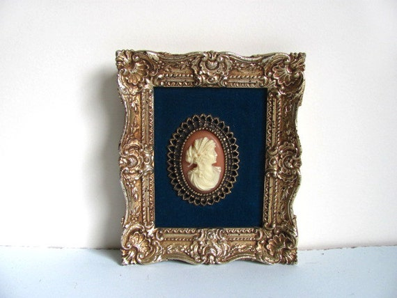 Victorian Style Wall Hanging