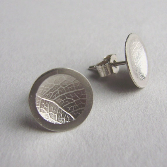 Silver concave leaf dome earrings