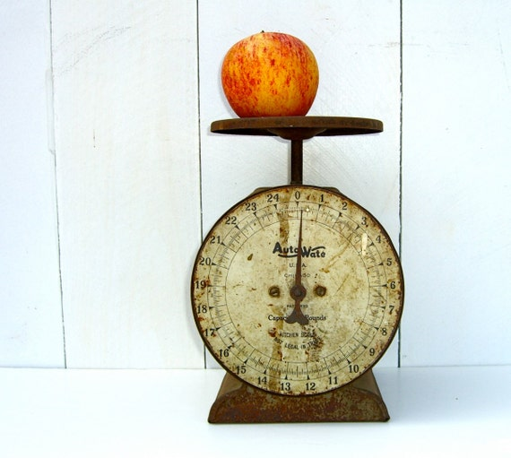 Vintage kitchen scale auto wate rustic metal by for Rustic kitchen scale