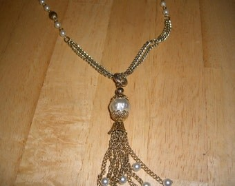 vintage costume jewelry necklace  / clearing out sale