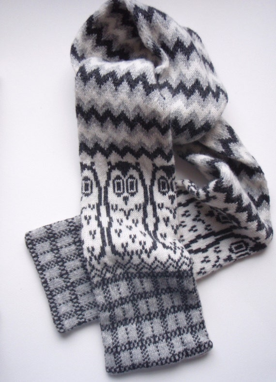 Owl Fairisle Scarf Knitted in Winter White and Grey/Grey