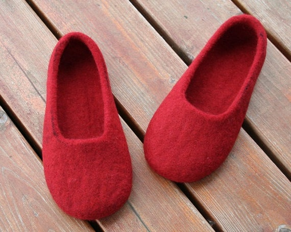 Felted women slippers - handmade felted slippers for women Cherries, felted wool shoes - Mother's day gift