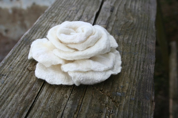 Rose brooch nuno felted pin  - gift under 25 gift idea - handmade - bridesmaid gift - Christmas gift