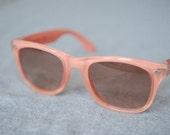 Wayfarer Glossy Coral Vintage Polaroid Sunglasses