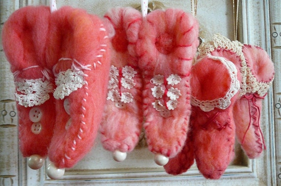Pink Taffy Colored Elf shoes needle felted merino wool ornaments set of 4 pair vintage lace trimmed