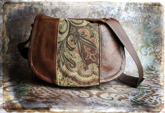 Pre-Order -   Tapestry and Leather DSLR Camera Bag - Medium