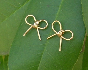 Gold wire Large Bow Stud Earrings