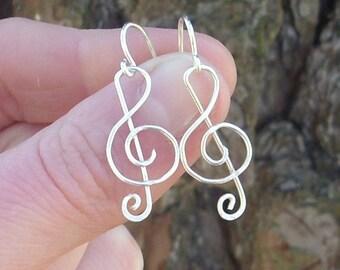 Silver wire Treble Clef Earrings
