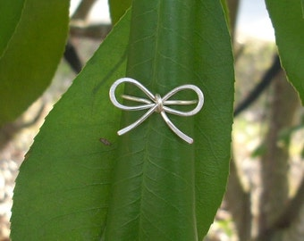 Forget me Knot. Silver Wire Bow Ring