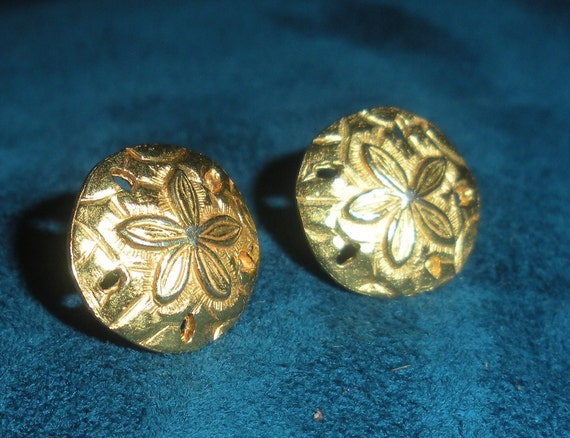 Gold Sand Dollar Earrings - Small Post - Nautical