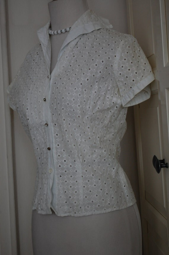 VINTAGE 50s, 1950s White Cotton Eyelet Blouse, Shirt, Rhinestone Buttons, Pin Up - S/XS