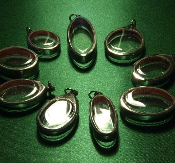 9 Pendant Trays, Oval, Blank, Clear, Container, Locket, Shadow Box, Silver Metal Cases, Trays - ONLY 3.5 DOLLARS EACH