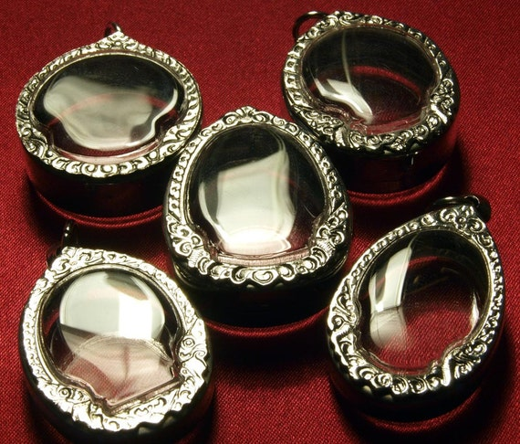 Set of 5 Pendant Trays, Round, Oval, Chunky, Clear Containers, Engraved Silver Tone, Deep Shadow Box, Unique New Design, ONLY 5 DOLLARS EACH