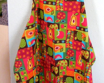 ON SALE! Brown Retro-Look Fabric with Apples Fruity Fabric Full Apron - 50% OFF!