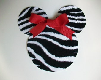 DIY No-Sew Minnie Mouse Applique - Iron On