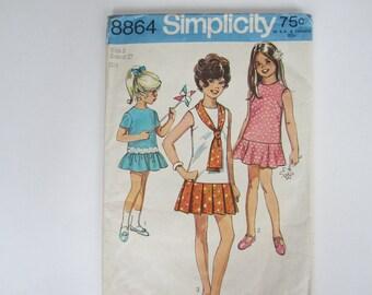 Vintage Simplicity Pattern 8864, Girl's Size 8 Dress, 1970