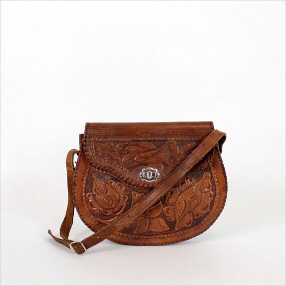tooled leather purse   floral pattern handbag by OmniaVTG 2b65697a5144f