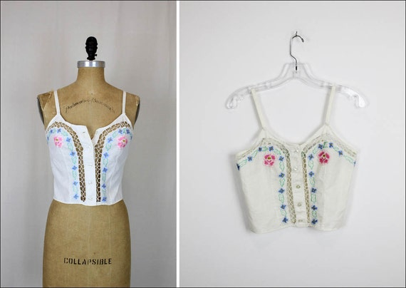 cut out embroidered tank XS/S white summer buttoned tank top