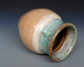 Small Vase Green Cream