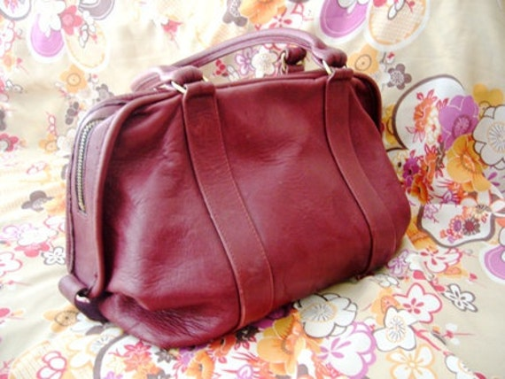 Valentine Day 12% Off coupon SALE.......Vintage COACH Maroon Soft Leather Boston Doctor Speedy Hand Bag, RARE Beauty, Excellent Condition