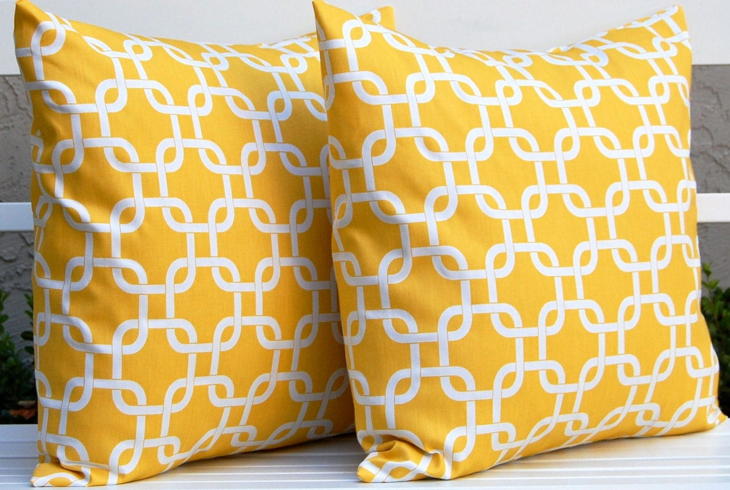 Decorative pillows yellow interior decorating for Decor pillows