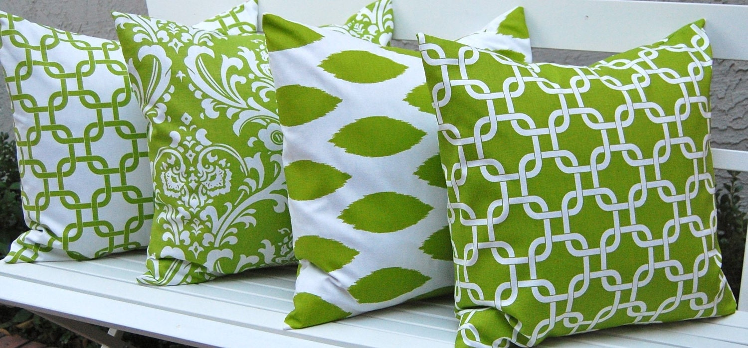 Items similar to Decorative Pillow Covers Bright Kelly Green Pillows Four Green Cushion Covers ...