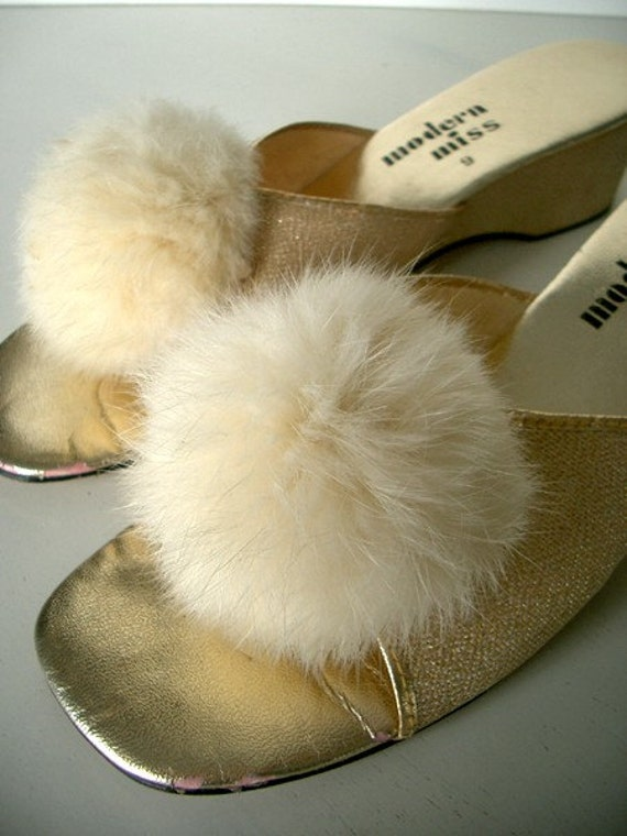 Baby Girl Bedroom Slippers: VINTAGE 60's Gold Marabou Bedroom Slippers Size 9