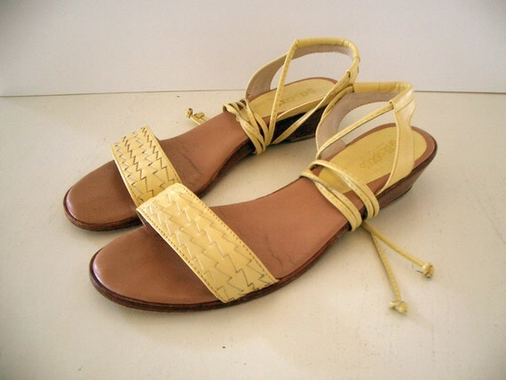 VINTAGE Yellow Ankle Tie Sandals Leather by Shoe Moods - Size 7