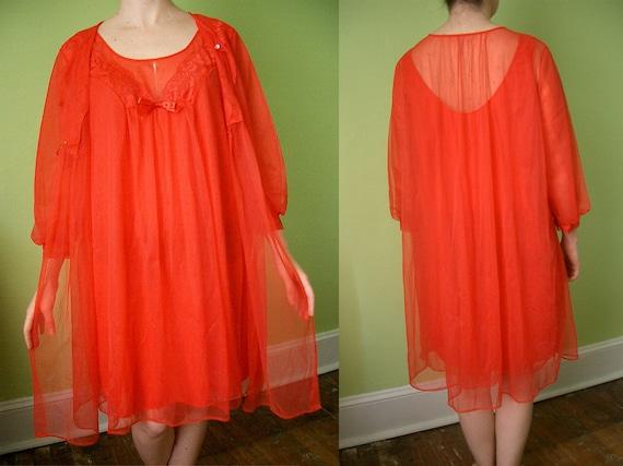 VINTAGE 60's Peignoir Set Red Chiffon Lace Sheer - M/L