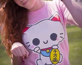 Women's Size S-XL Pink Maneki Neko Screen Printed T-Shirt Kawaii Japanese Fortune Cat