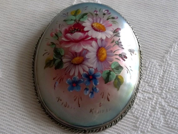 Hand Painted Shell Brooch
