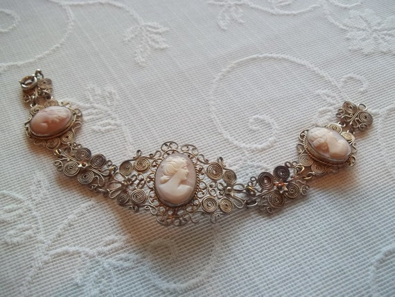 Antique Three Shell Cameo Bracelet