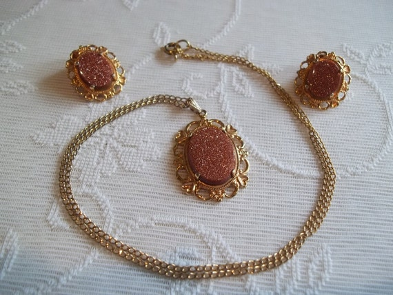 Vintage Goldstone Necklace and Earrings Set