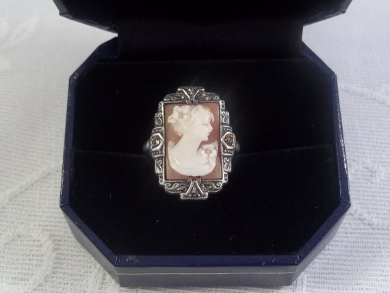 Antique Sterling Silver Shell Cameo Ring Size 4 1/2