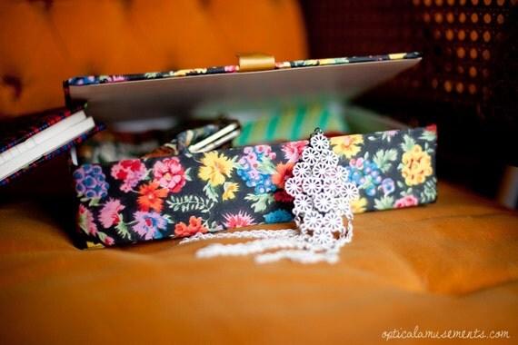 Vintage Silky Floral Keepsake Jewelry Box