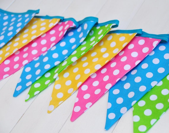 polka dot party flags - photo #6