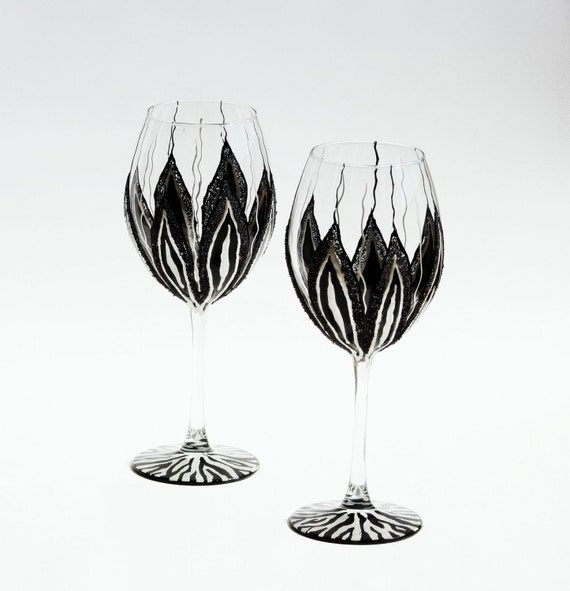 Zebra  Wine Glasses Hand Painted Black and White Set of 2,  Wedding Gift, Anniversary Gift, Mothers day gift