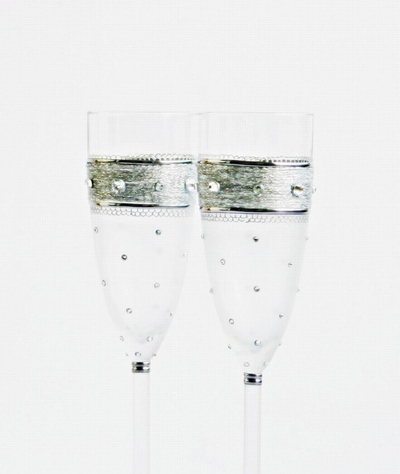 Wedding Champagne Flutes, Wedding Glasses,Polka Dots Wedding, MADE to ORDER Hand painted, Set of 2