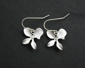 Orchid earrings, wedding jewelry, bridesmaids gift, orchid flower, simple everyday jewelry