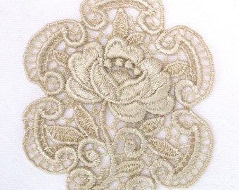 Venice Lace Applique Rose Medallion with Scrolled Frame