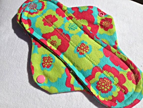 Reusable Cloth Menstrual Pad Medium Flow Bright Peonies