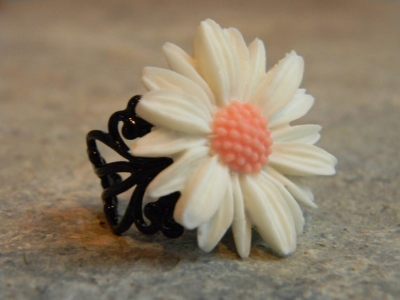 Wedding Jewelry Ring White Sunflower Cocktail Ring by Creativekates on Etsy