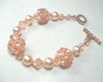 Swarovski pearl and crystal beaded bracelet