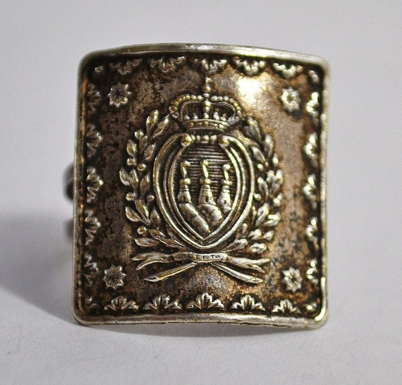 Vintage Large Square Silver Family Crest Coat of Arms Ring