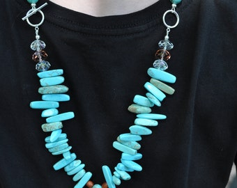Turquoise, wood, & crystal necklace/earrin set