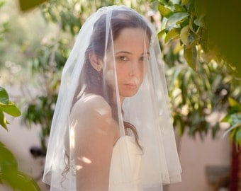 Simple bridal veil cut edges, blusher veil , circular cut drop veil