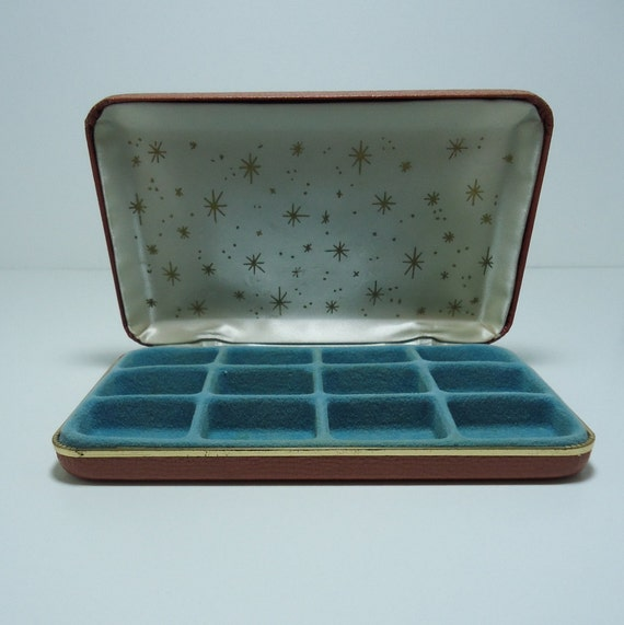 Vintage Salmon Colored Jewelry Travel Case with Atomic Starburst Pattern