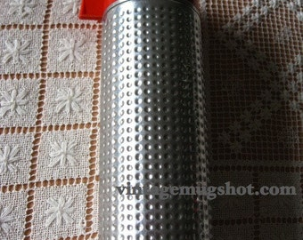 Beautiful Large Thermos with Dimples Space Age Aladdin Thermo King 9 3/4 Exc