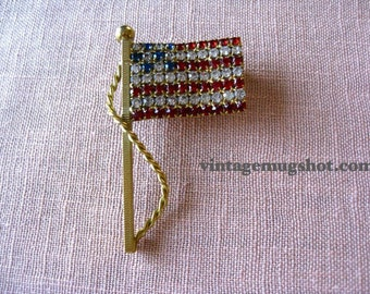 AMERICAN FLAG  Vintage Rhinestone Pin  exc  2 inches